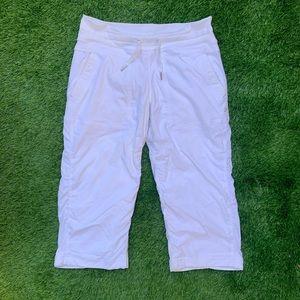 Lululemon 3/4 Yoga Pants Size 6